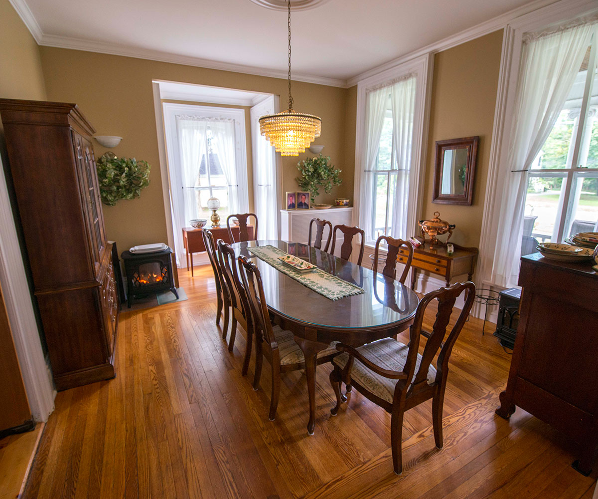 Dining Area - Antique & Irish Welch House